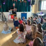 John Clayton Magician at Kids Party 3